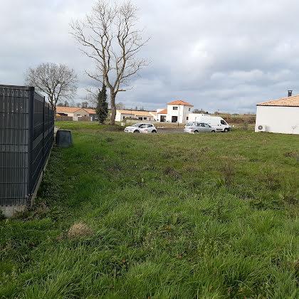 Vente terrain à bâtir 702 m2