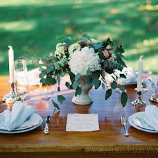 Wedding photographer Helga Golubew (Tydruk). Photo of 22.06.2017