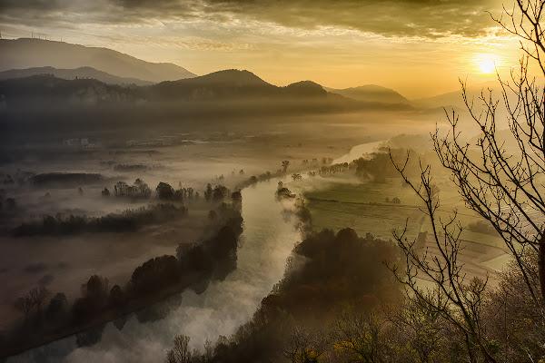 Una fredda alba di inizio inverno di Simone De Barba