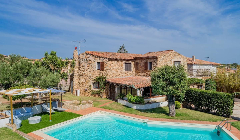 Maison avec terrasse San Pantaleo