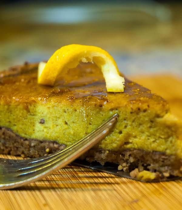 Autumn Essentials: Nutty Crust Pumpkin Pie Recipe