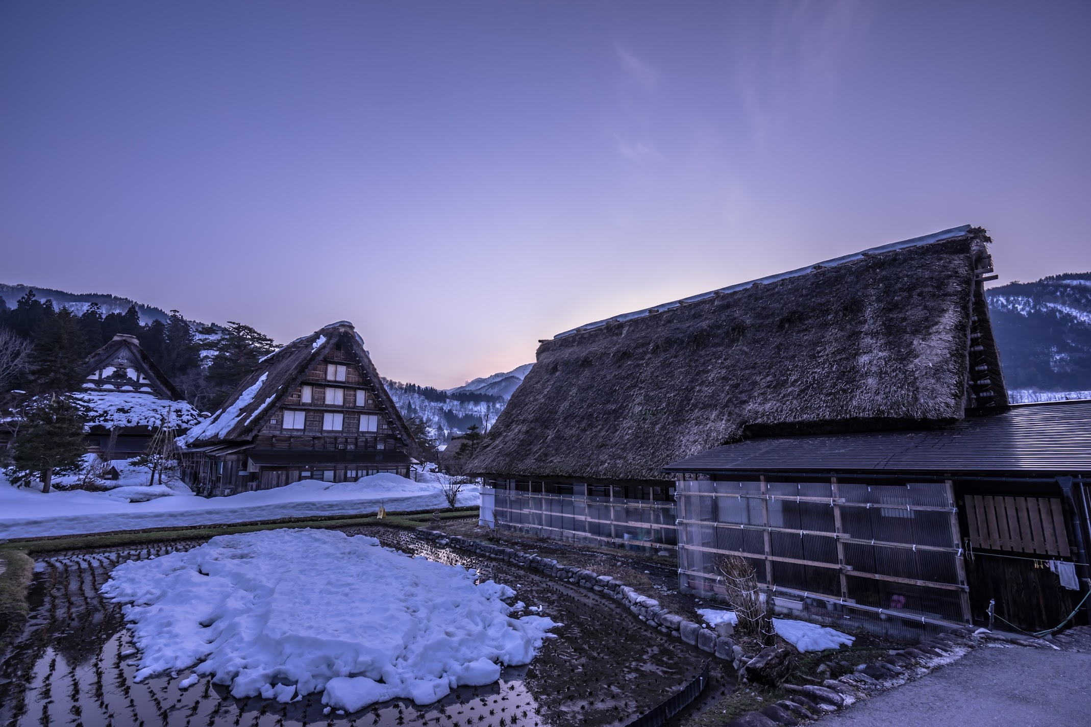 Shirakawa-go evening view1