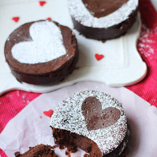 Mini Flourless Chocolate Cakes