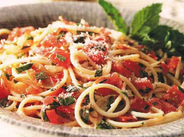 Spaghetti With Tomatoes, Toasted Garlic And Loads Recipe