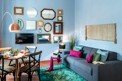 Specchi Serviced Apartment, Piazza Novanna