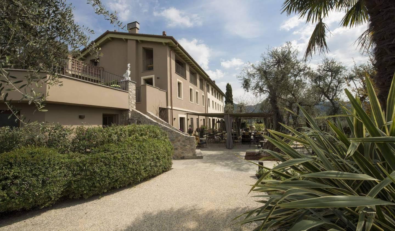 Villa with garden Capezzano Pianore