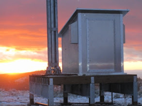 Photo: Shed with aluminum skin for weather protection.