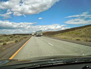 Photo: Washington state is pretty empty. Houses just ride along on the road...