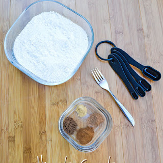 How to Create a Spice Cake Mix