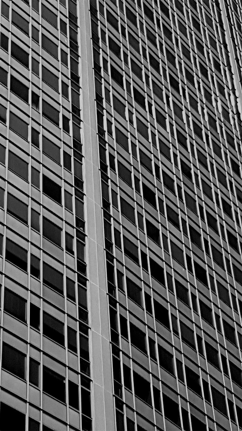 Grattacielo Pirelli - un strano gioco di arturo aiello