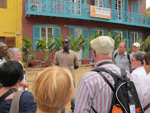 Photo: Sn1P0203-160202le guide pour la visite de l'île de Gorée IMG_0149