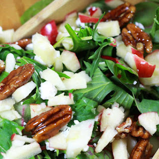 Arugula Salad with Goat Cheese and Candied Pecans.