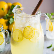 Fresh Squeezed Lemonade 16oz