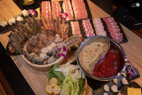 台北吃到飽推薦》火鍋殿 – 豐富粗獷的海鮮食材 超狂超豪華的吃到飽火鍋