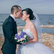 Wedding photographer Maksim Smirnov (MaksimSmirnov). Photo of 19.11.2014