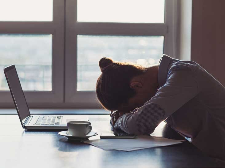 Fatigue and stress are signs of a vitamin B deficiency.
