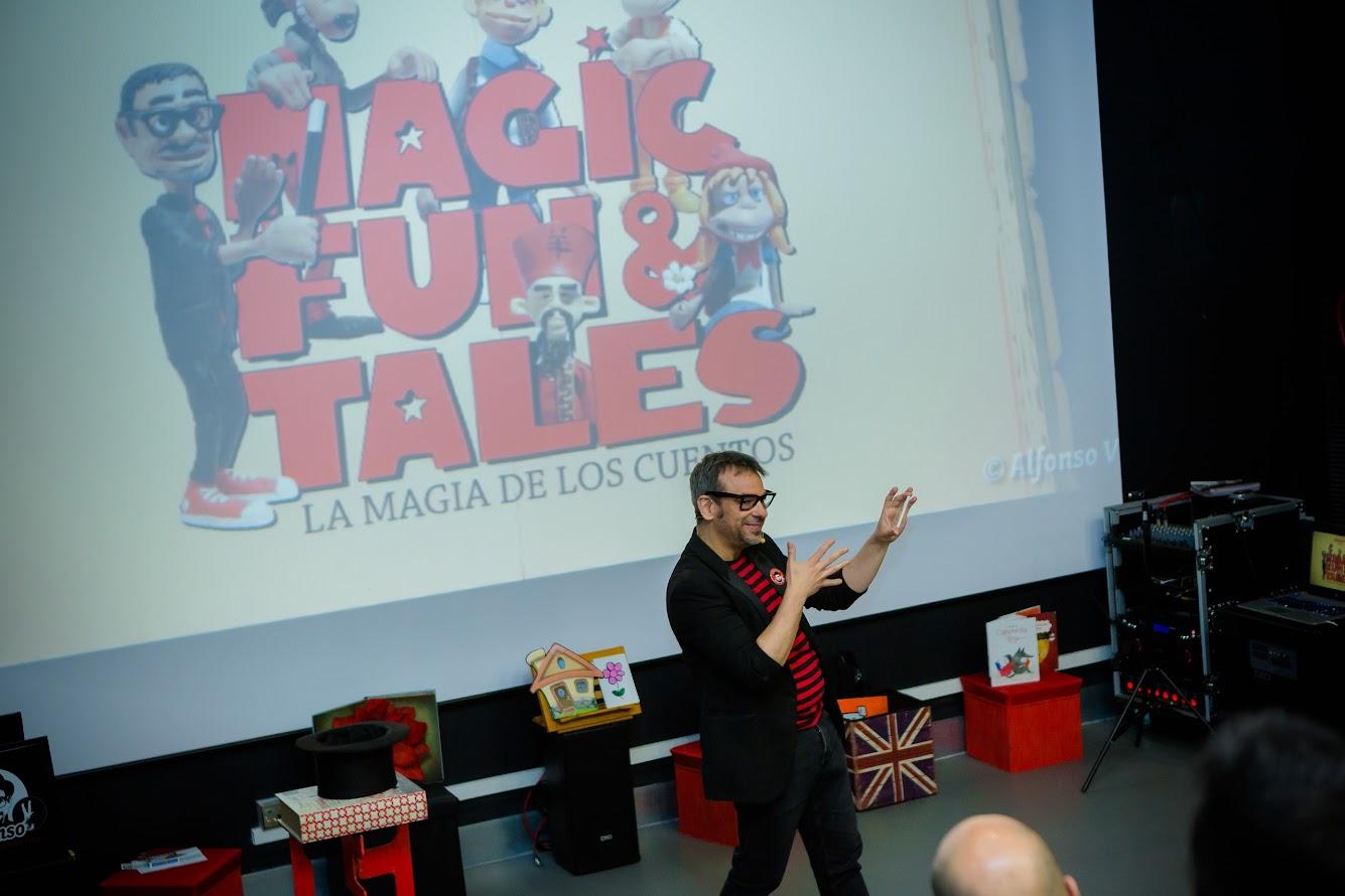 Espectáculo La Magia de los Cuentos con dibujos animados