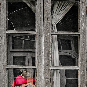 Through the Window by Vamsi Korabathina - People Street & Candids ( child, pwcwindow )