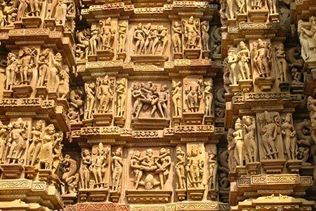 2) Khajurao temple.jpg