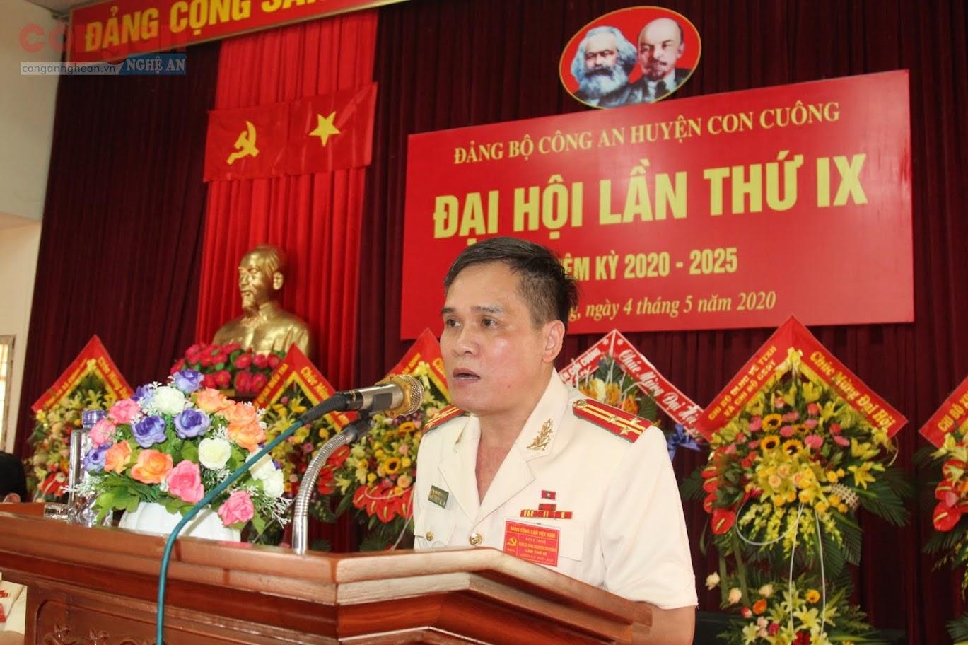 Đồng chí Thượng tá Nguyễn Hải Đăng, Bí Thư Đảng bộ Công an huyện Con Cuông khai mạc Đại hội