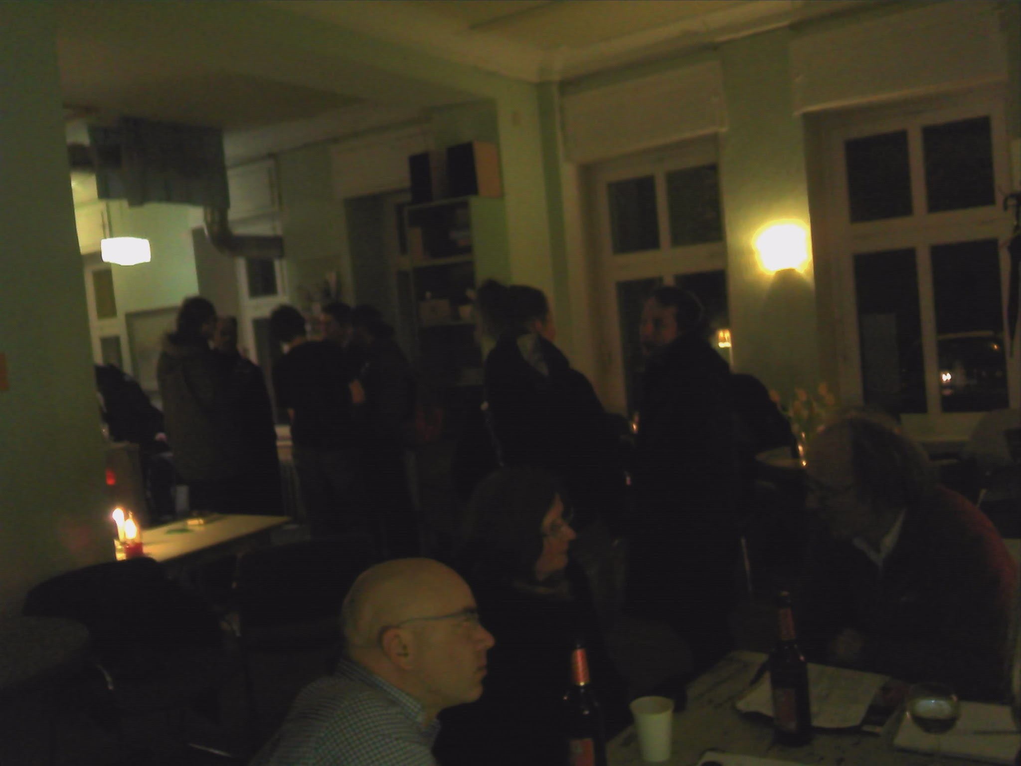 Photo: ..danach gab es noch intensive Mauerpark-Gespräche vor Ort...