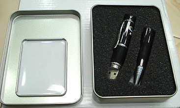 Photo: Pendrive with Pen And Laser Light - 3