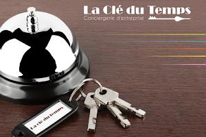 Pack communication créateur d'entreprise - Logo, carte de visite, Flyer - Communication Saint Maurice l'Exil
