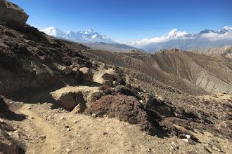 Photo: Cheminement sur la Siyarko Tangk danda (Tilicho peak, Nilgiri & Dhaulagiri I)