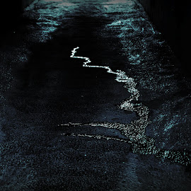Пейзаж by Oleg M Kulishov - Abstract Light Painting ( вода, отражение, свет, город, пейзаж, abstract )