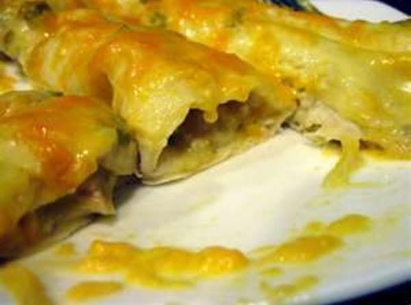 Sally Shopper's Chicken Enchiladas Recipe