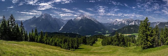 Photo: Panorama at the Watzmann (on the left). Germanys 2nd highest #summit  - #Panorama am #Watzmann (links). Deutschlands zweithöchster #Gipfel  - #Alpen #Alps #Bayern #bavaria #Berchtesgaden #Nationalpark #panoramaphotography #Berge #Mountains #sky #travel #travelphotography