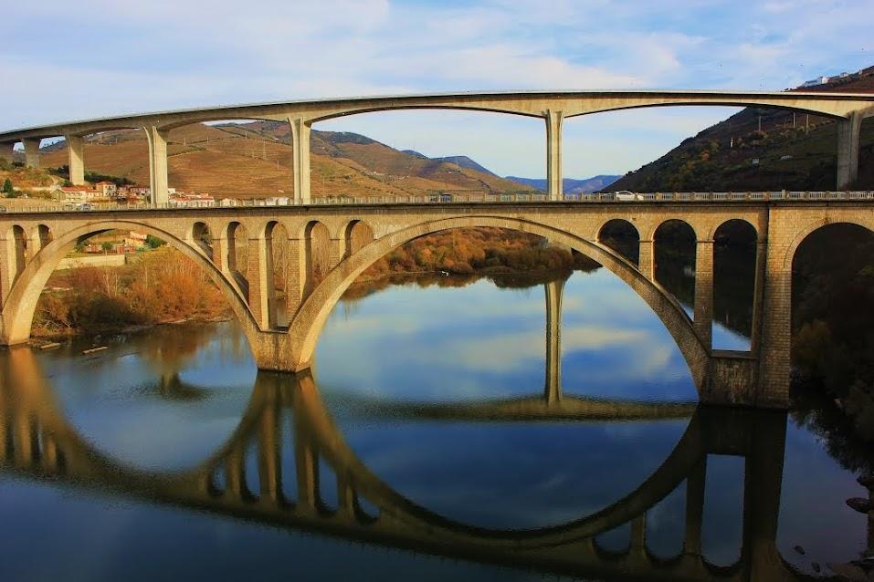 A ponte que liga Lamego a Peso da Régua (N2) encerrada ao trânsito