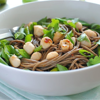 Soba Noodles with Scallops and Vegetables Recipe