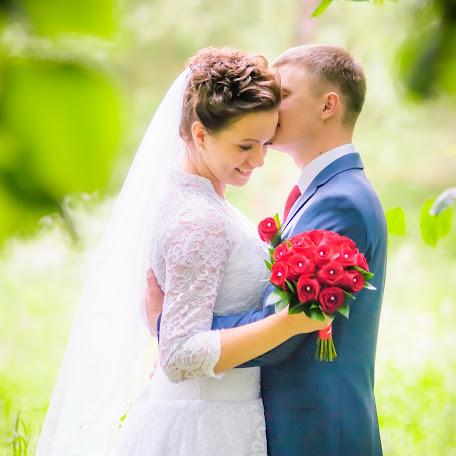 Wedding photographer Viktor Borovikov (VicBor). Photo of 03.09.2015