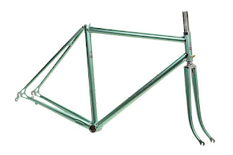 Photo: The finished frame and fork, a beautifully subtle shade of green with gray and charcoal logos.