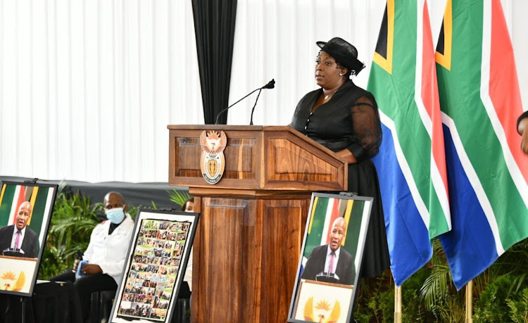 There was an outcry after Mpumalanga premier Refilwe Mtsweni-Tsipane was seen at Jackson Mthembu's funeral at the weekend while failing to wear her face mask.