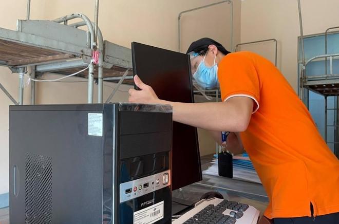 FPT cấp tốc triển khai hạ tầng và thiết bị CNTT cho Bệnh viện dã chiến tại Thủ Đức