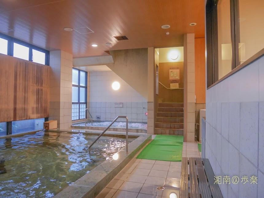 湘南台温泉 らく ジェット・バイブラバスは標準的だか、できればもう少し浴槽が深ければなお良し