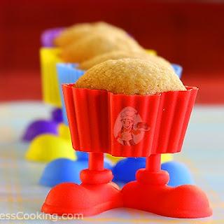 Vegan Vanilla Cupcakes.