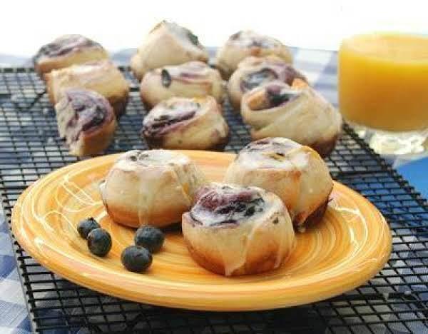 Glazed Blueberry Breakfast Rolls Recipe