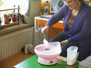 Photo: suikerspinnen maken