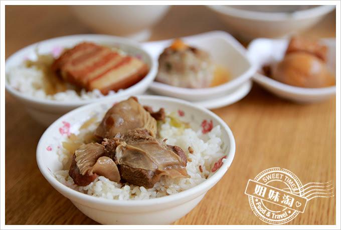 東坡鮮肉飯條肉飯