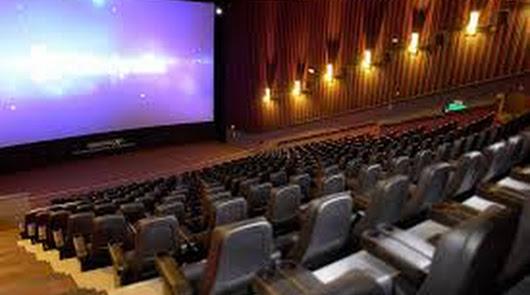 Yelmo cierra las salas de cine del Torrecárdenas y de Roquetas