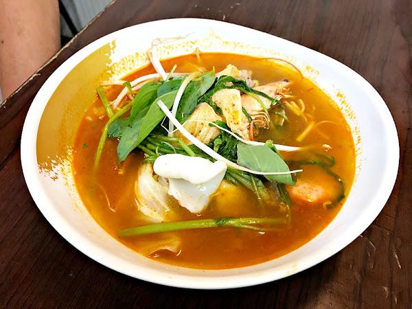 賢記牛肉(丸)河粉 海鮮麵疙瘩