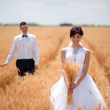 Wedding photographer Evgeniy Kirilyuk (S1mplee). Photo of 01.12.2017