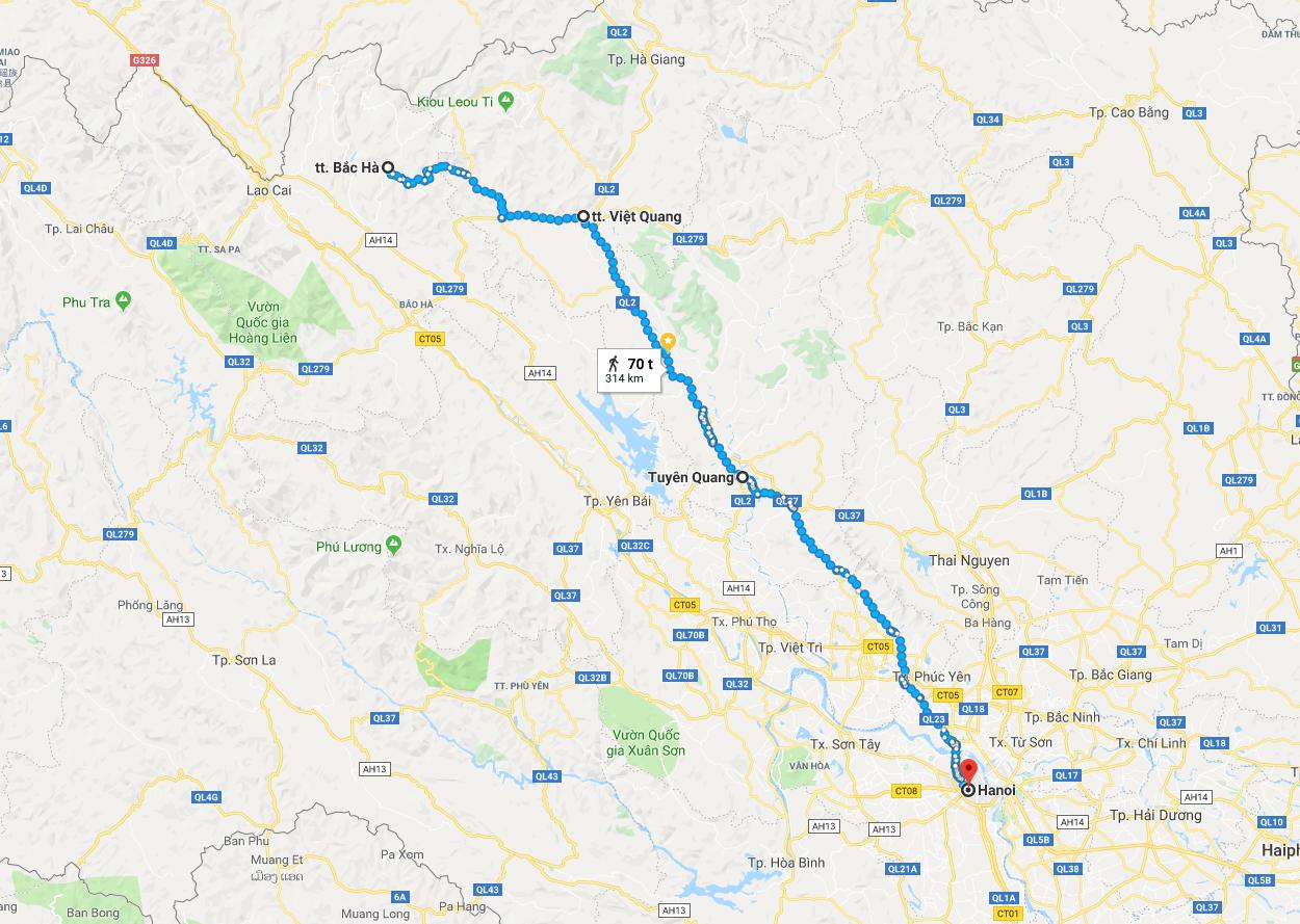 Kart over de siste to dagenes etapper fra Bắc Hà til Hanoi via Tuyên Quang.
