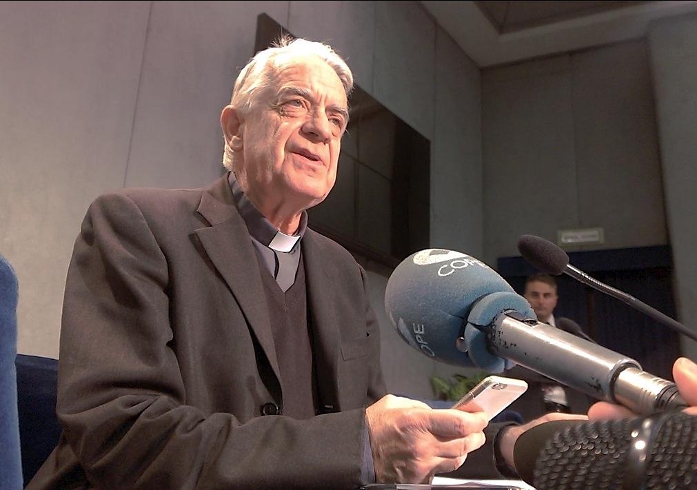 Cha Lombardi tóm lược buổi họp về hội nghị Bảo vệ Trẻ Vị thành niên trong 12 câu hỏi và trả lời