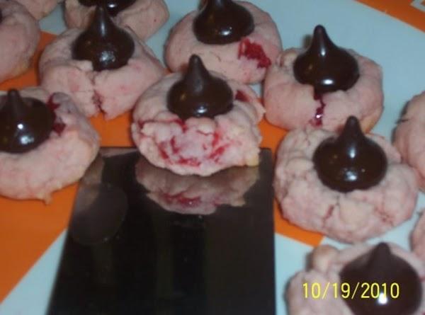 Cherry Kisses Cookies Recipe