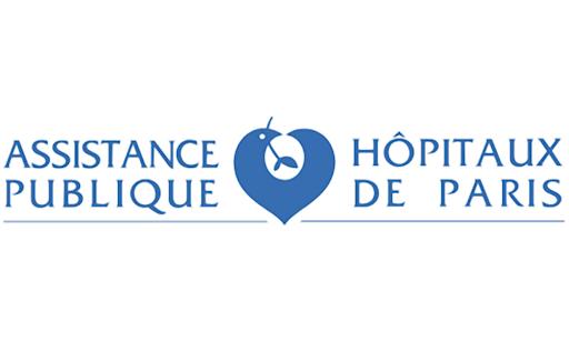 Niccolo CURATOLO – Directeur adjoint chargé des Opérations ; Magalie MASSARD & Raphaëlle SCAPIN – Cadres de soins en Chirurgie Orthopédique | APHP Assistance Publique Hôpitaux de Paris