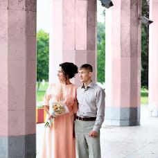 Wedding photographer Oksana Astrova (astrova). Photo of 14.08.2017